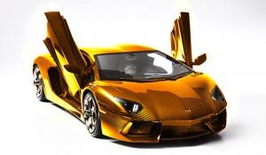 """Златна кола – Lamborghini Aventador в Книгата на """"Гинес"""""""